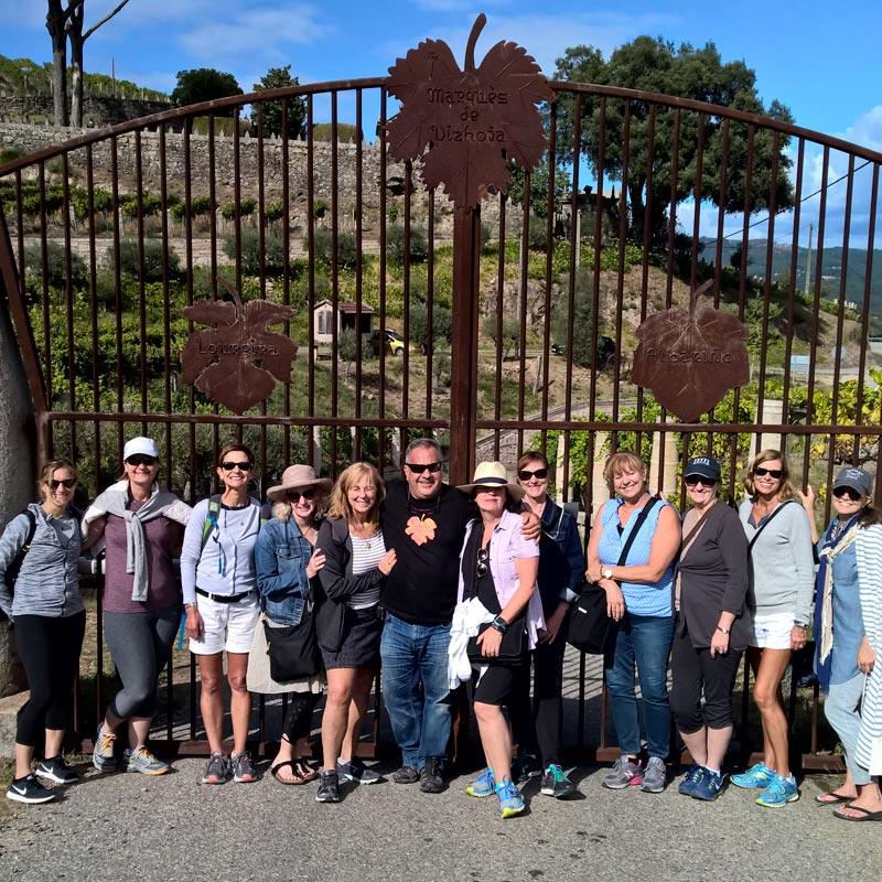 Winelovers-norteamericanas-visitaron-Bodegas-Marques-de-Vizhoja