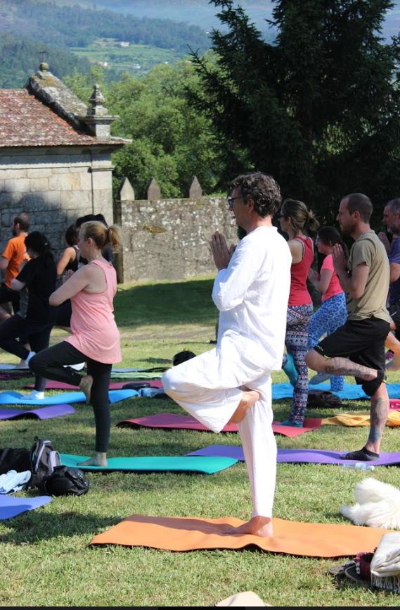 Kundalini yoga Vizhoja